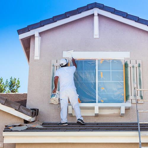 Cómo arreglar la decoloración de la pintura para exteriores